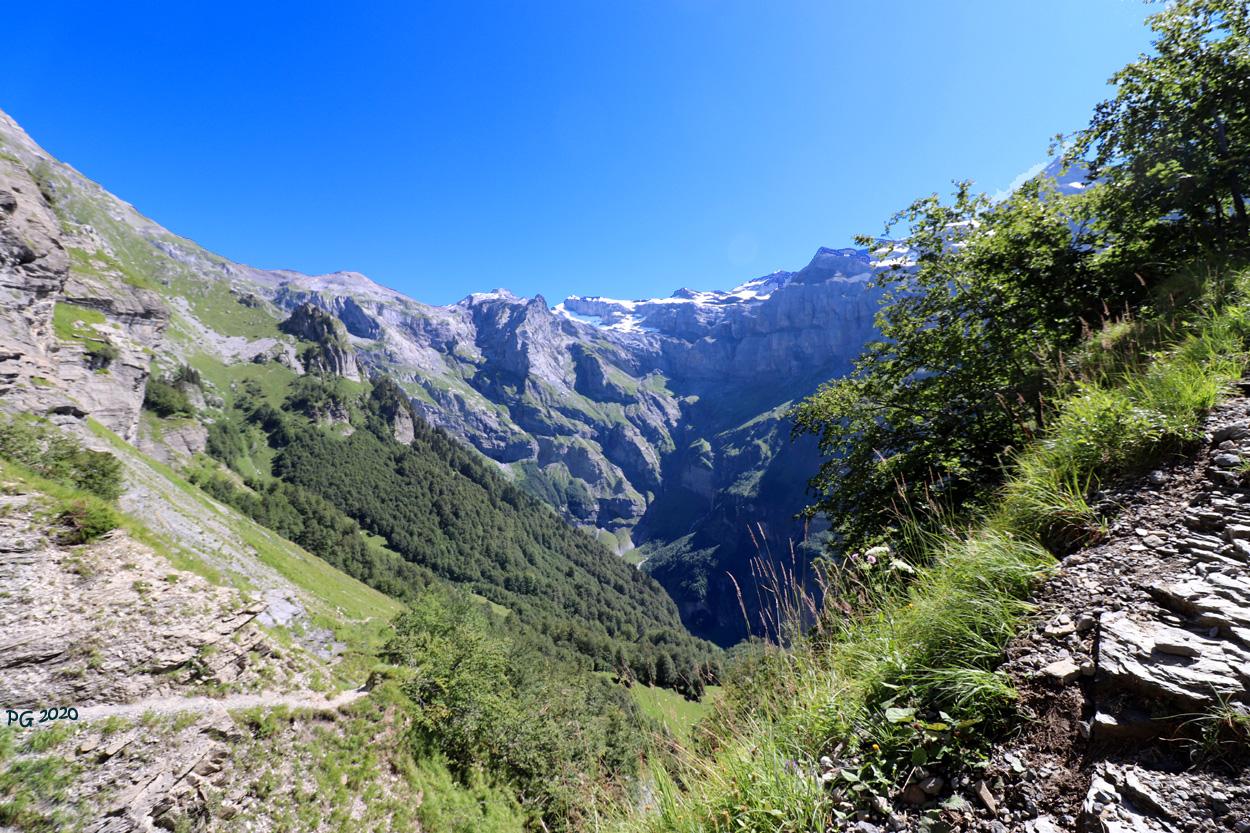 Bout du monde et Mt Ruan en contre jour